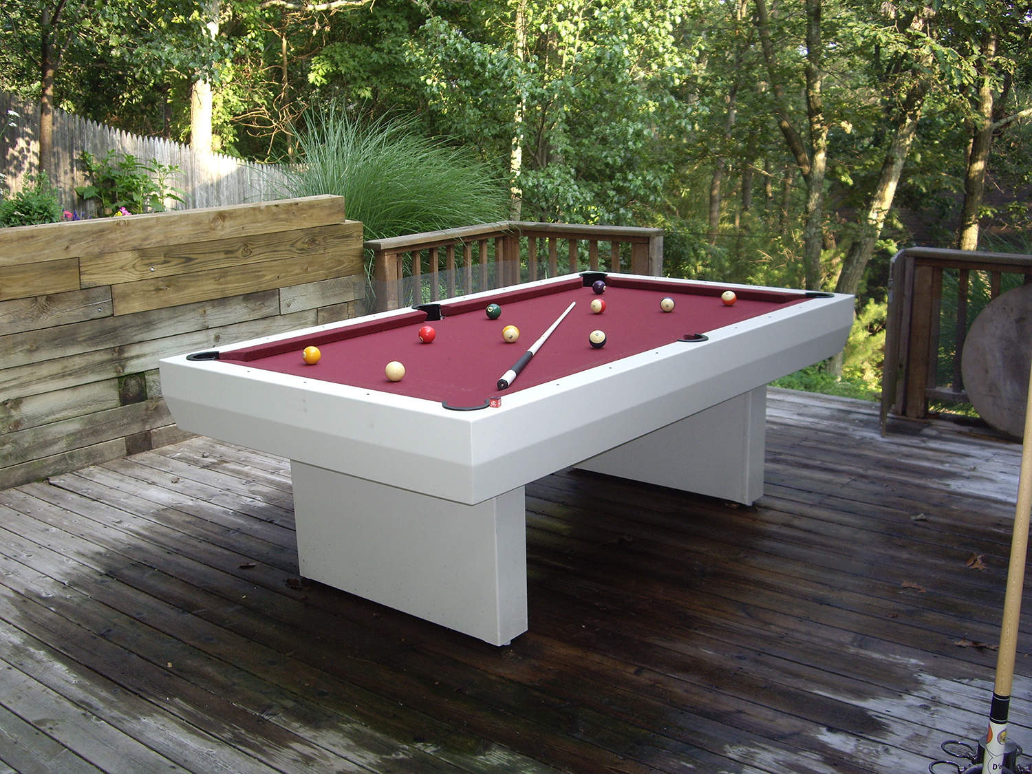 1000 Series Contemporary Table Outdoor Pool Tables